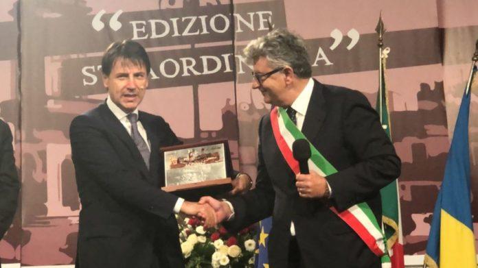 Luigi Caroli e Giuseppe Conte La Piazza